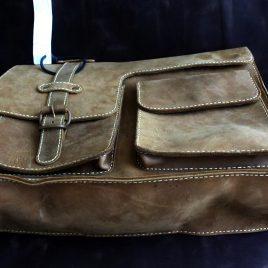 Túi xách nam da bò – Cá tính