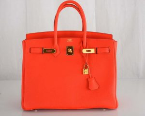 2 11012 210528 hermes capucine togo 35cm birkin bag 3861 300x240 - top 10 mẫu túi xách không bao giờ lỗi thời