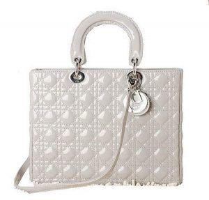 Christian Dior Most popular handbags in the world 300x287 - top 10 thương hiệu túi xách hàng đầu thế giới 2017