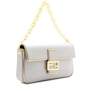 P00062336 BAGUETTE PATENT LEATHER SHOULDER BAG DETAIL 2 300x300 - top 10 mẫu túi xách không bao giờ lỗi thời